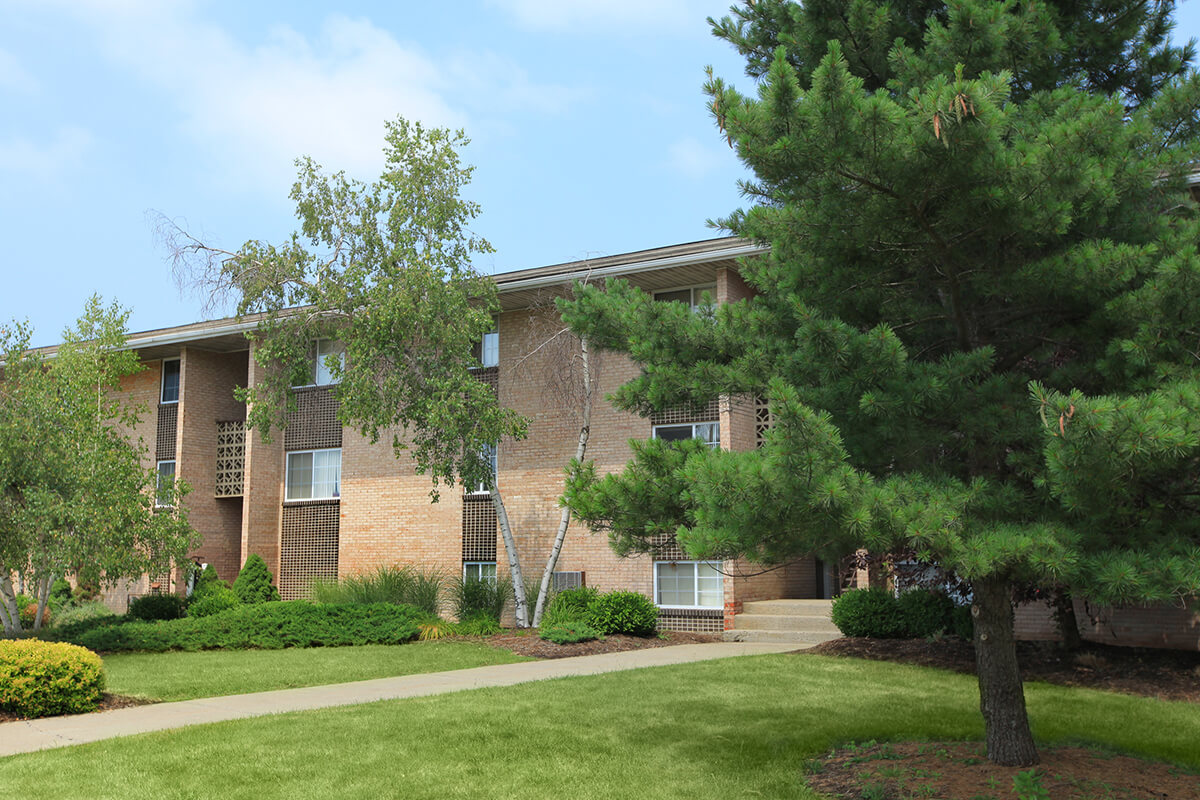 Warren Wood Apartments - Apartments in Ithaca, NY